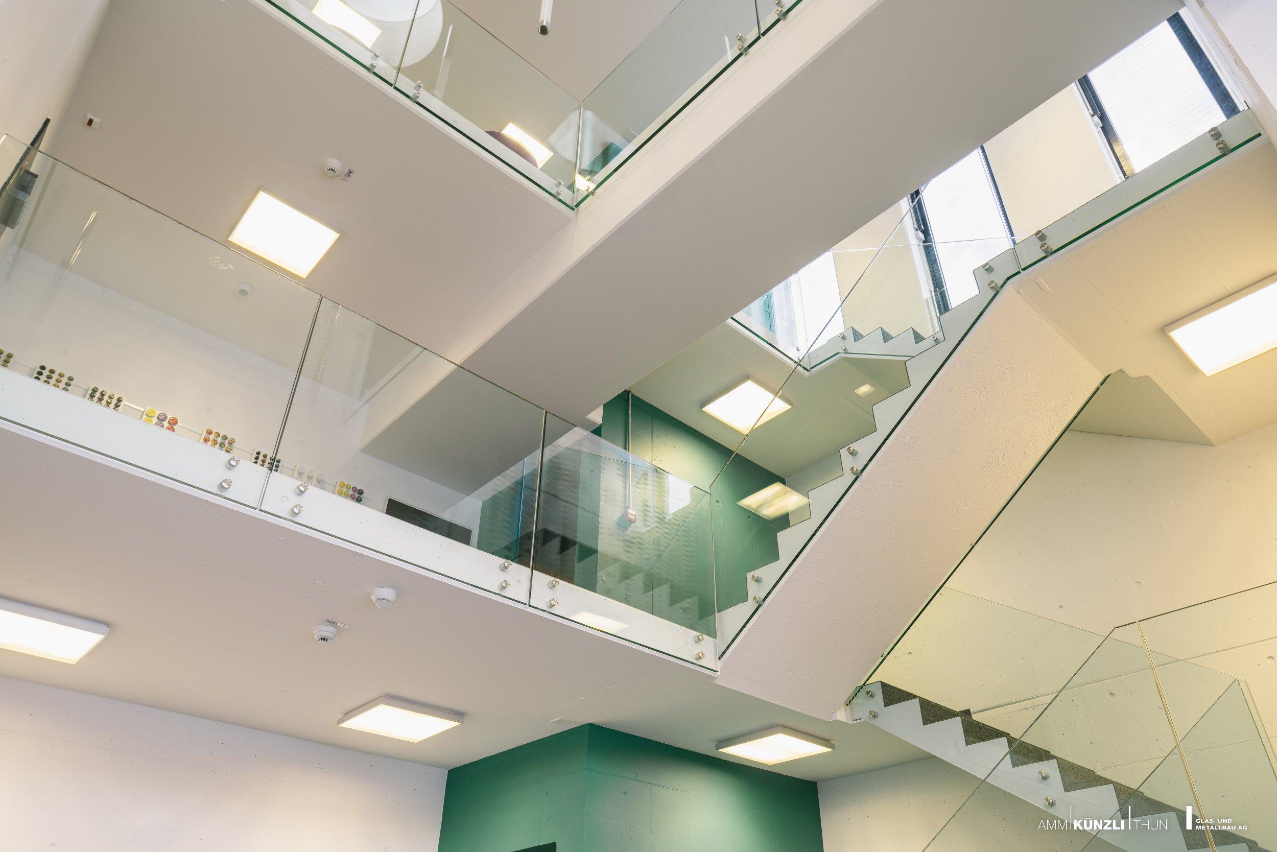 Angebot gel nder amm k nzli thun glas metallbau ag for Innen designer